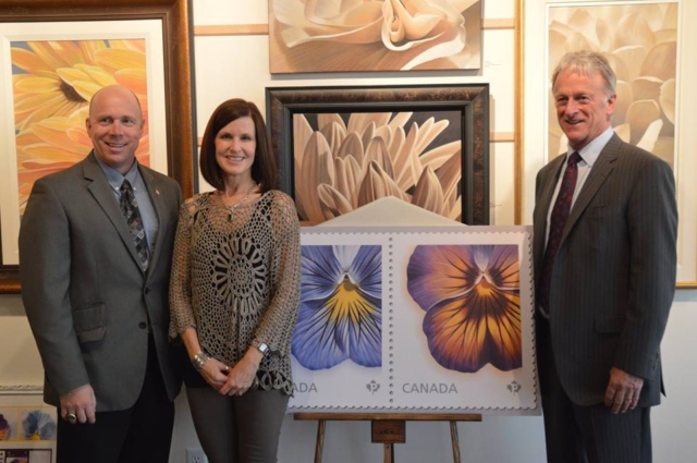 Kelowna-Lake Country MP Ron Canaan, Laurie Koss, and Hambleton Galleries' Stewart Turcotte